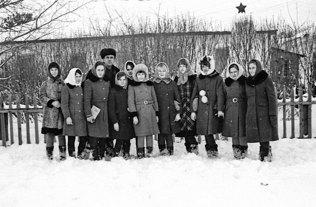 Школа, Трескино, Тамбовской обл. 1976 год
