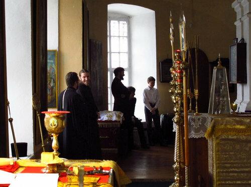 2016. Архиерейское богослужение епископа Костромского и Галичского в Солигаличе. В алтаре.