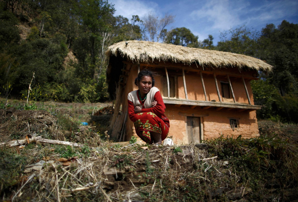 21-летняя девушка умерла в «менструальной хижине» в Непале