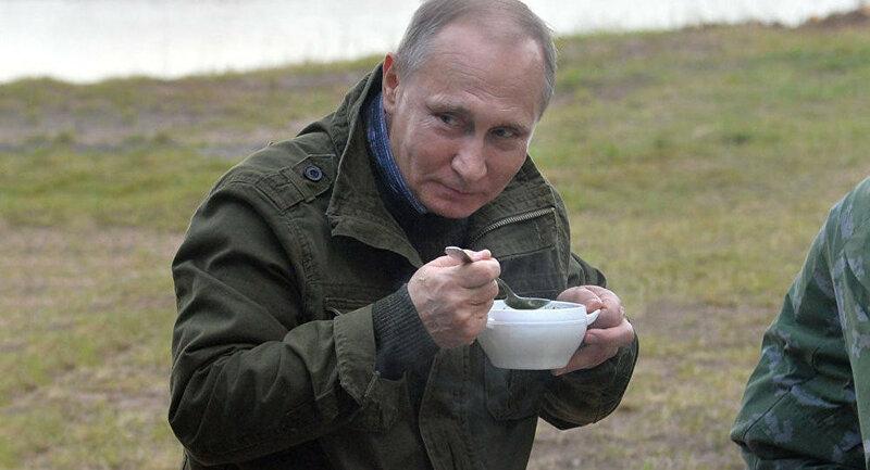 Путин захватывает Европу Путинскими пельменями! )