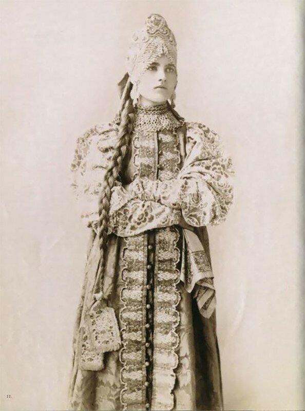 0 17a7e5 5b3c2a89 XL - Девушки в древних славянских костюмах на старинных фотографиях