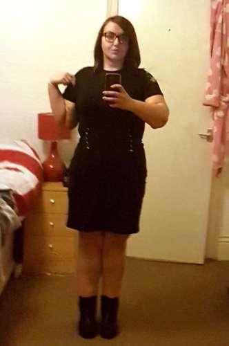 Сейчас Джессика копит деньги и скрывает все свои 95 килограмм под одеждой. По её словам, вес она нач