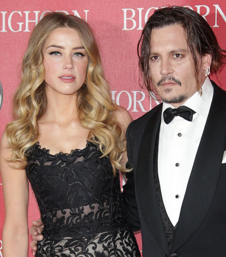 В 2012 году актер влюбился в молодую партнершу по фильму «Ромовый дневник» Эмбер Херд. Актриса и ста
