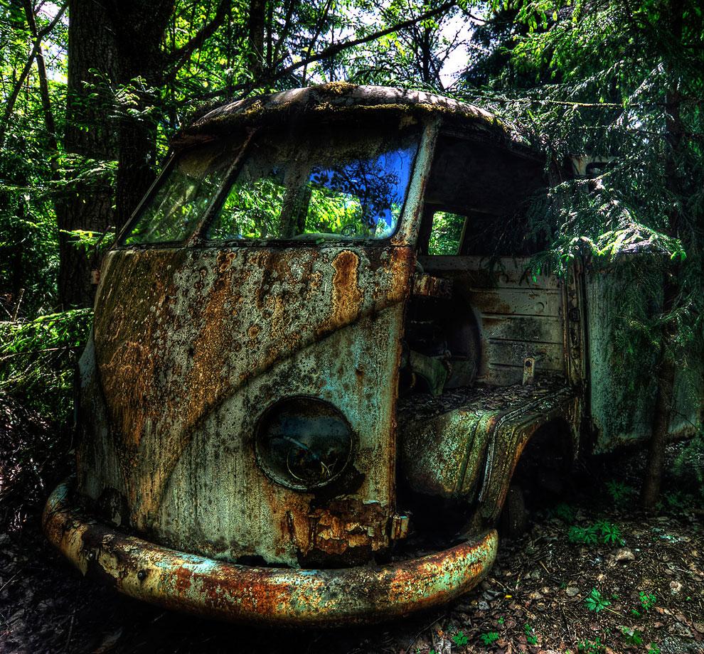 Клад в старом авто: