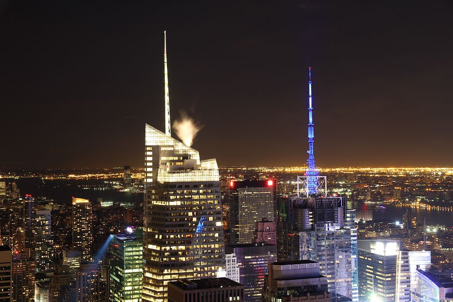 Эмпайр-стейт билдинг , один из символов Нью-Йорка: