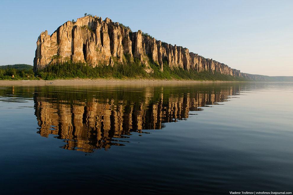 Территория Сибирской платформы подвергалась постепенному поднятию, результатом чего стало возникнове