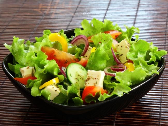 © depositphotos     Влюбом ресторане быстрого питания сегодня легко можно найти салат на