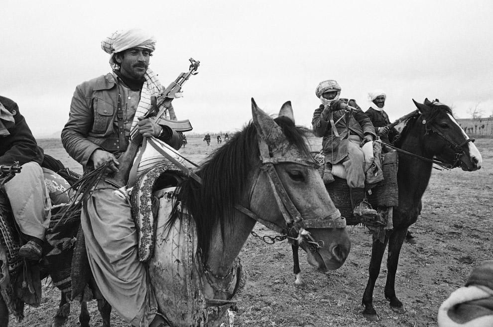 6. Советские войска на пути в Афганистан в середине 1980-х годов. (Фото Georgi Nadezhdin | AFP | Get
