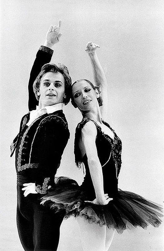 7. Уже в конце июля 1974-го года Барышников вышел на американскую сцену вместе с балериной Натальей