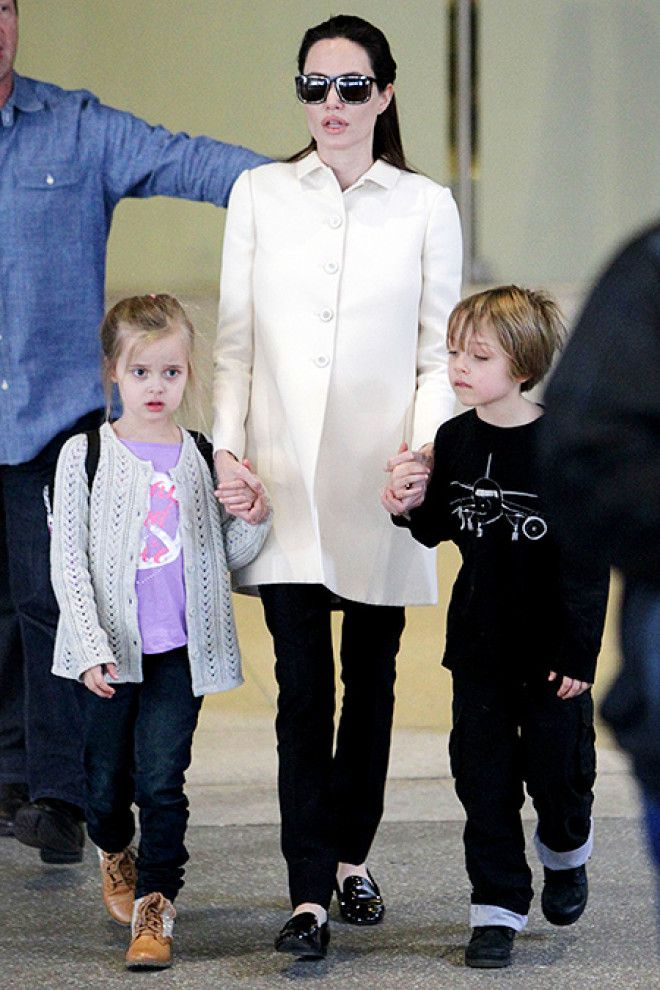 Нокс и Вивьен Джоли-Питт: вот как сейчас выглядят двойняшки