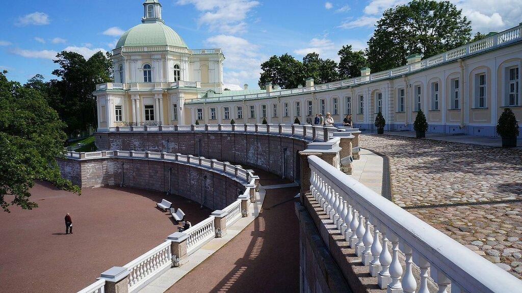 Lomonosov,_Saint_Petersburg,_Russia_-_panoramio_(24).jpg
