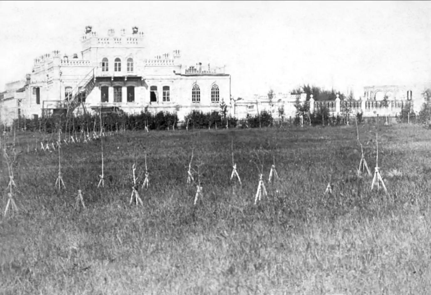 Дворец М.Д.Бутина.