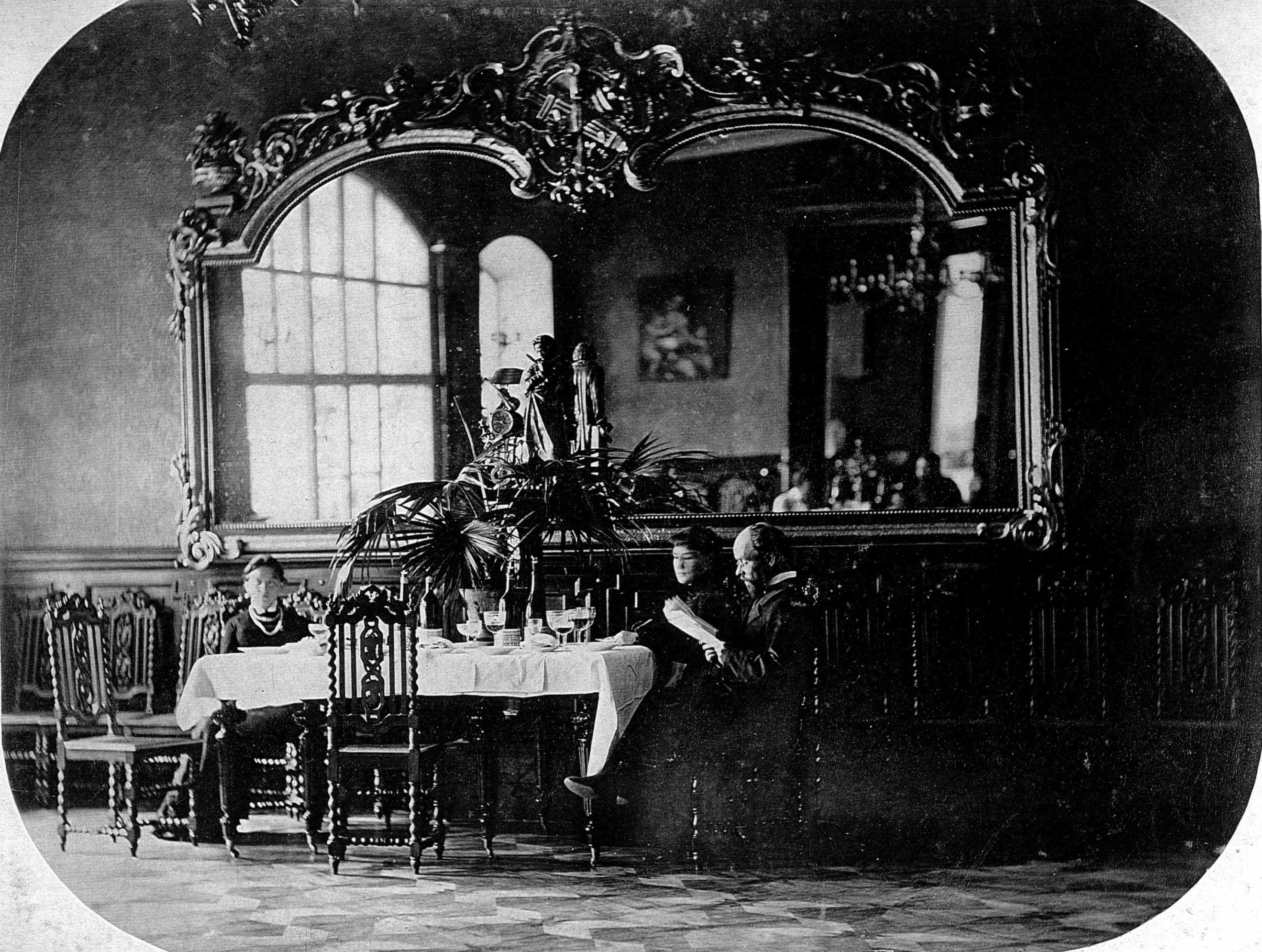 Дворец М.Д.Бутина.. Столовая