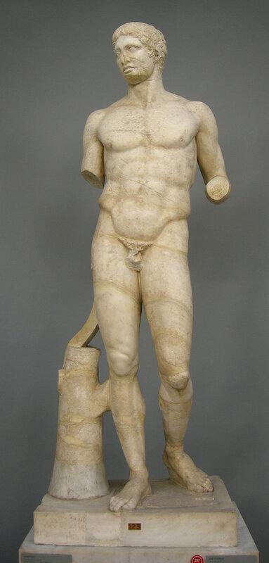 Doriforo,_copia_romana_da_originale_di_prassitele_(440_ac._circa),_inv._2215.JPG
