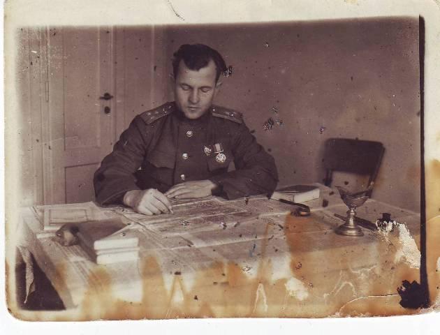 Замполит и штрафники-уголовники. 18 vejskoyylwvx 19444gq. fzayvhycblclodmy zi.di..jpg