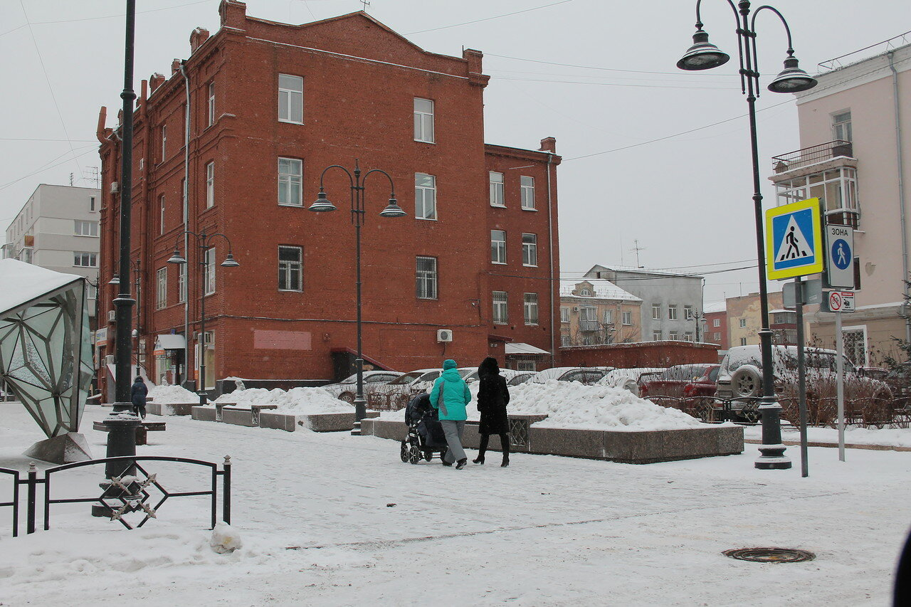 Оксана Николаевна, обратите внимание на проблему с улицей Валиханова!