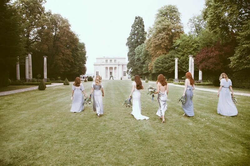 0 17b0bc 324f7ed1 XL - Что подарить молодоженам на свадьбу: советы гостям