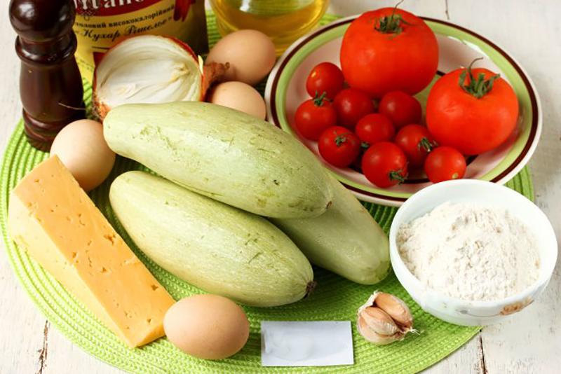 Ингредиенты для сметанного соуса  125 г сметаны  4 зубчика чеснока
