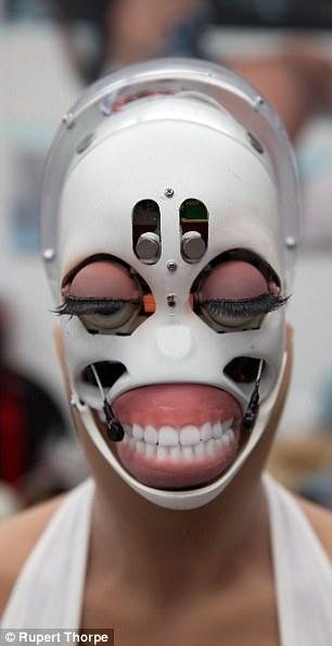 Секс-робот больше не странная фантазия, а тревожная реальность