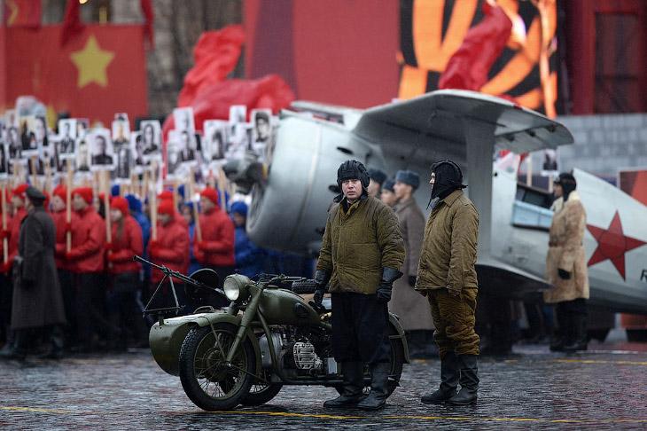 2. Парад памяти на Красной площади в честь исторического военного парада 1941 года прошел уже в 12-й