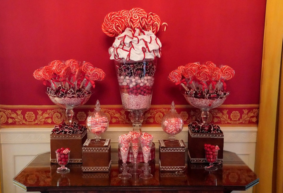 11. Ещё конфетки. (Фото Kevin Lamarque | Reuters):