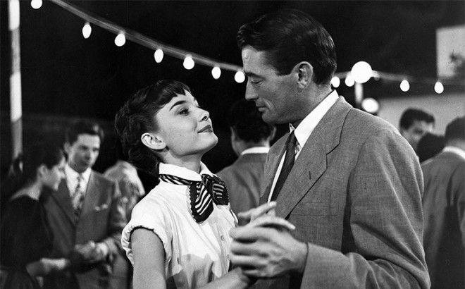 Вечная история про Леди и Бродягу, которую экранизировал режиссер Уильям Уайлер в 1953 году. Фильм