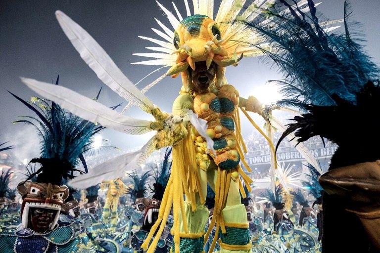 Закрытие ежегодного карнавала в Рио-де-Жанейро