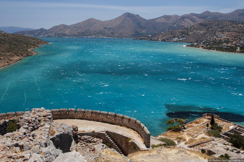 В 1669 году Крит был захвачен Османской империей, однако Спиналонга сохраняла свою независимость еще