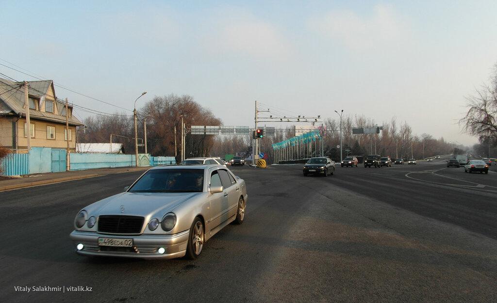 Майлина-Бухтарминская, перекресток. Дорога до аэропорта.