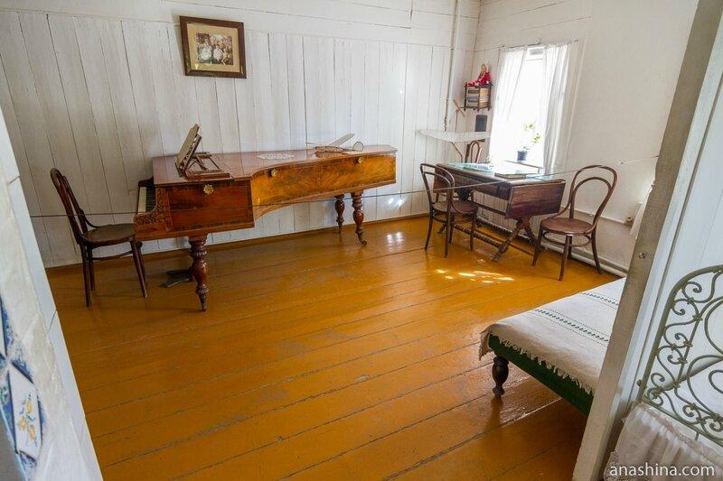 Одна из комнат в доме Циолковского, дом-музей Циолковского, Калуга