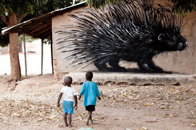 Street Artist - ROA - Wide Open Walls