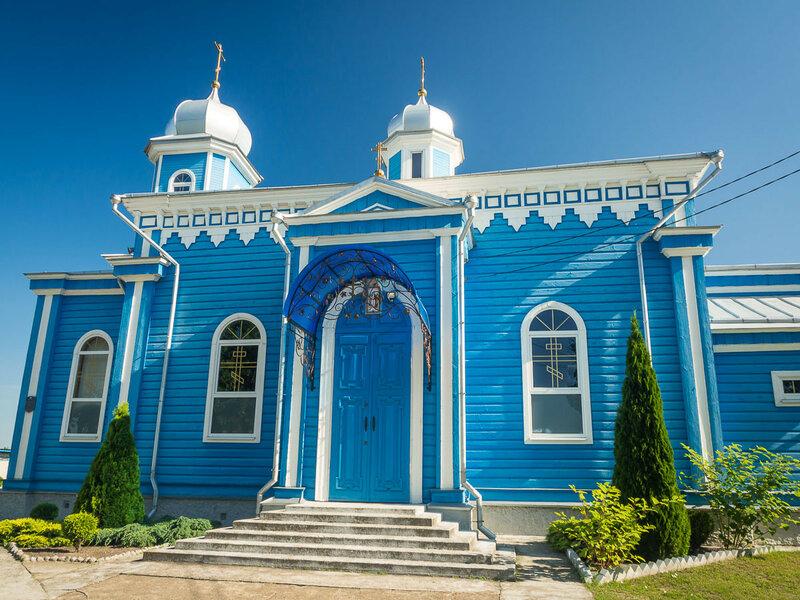 Покровская церковь на Комсомольской улице.