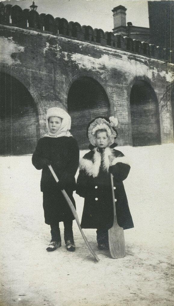 66872 Александровский сад. Троицкий мост кон. 1900-х.jpg