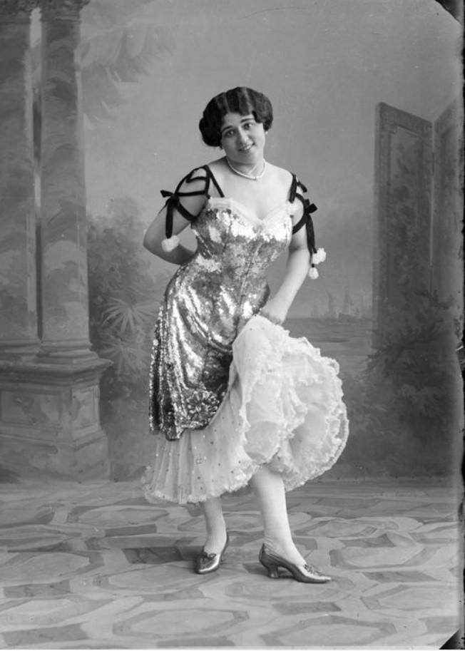 1913. Шепелева - шансонетка Нижегородской ярмарки