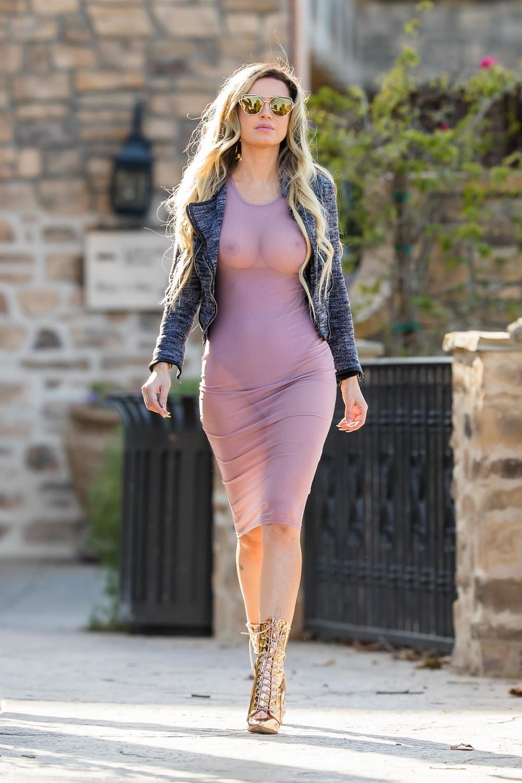 женская грудь в просвечивающей одежде тебе господь