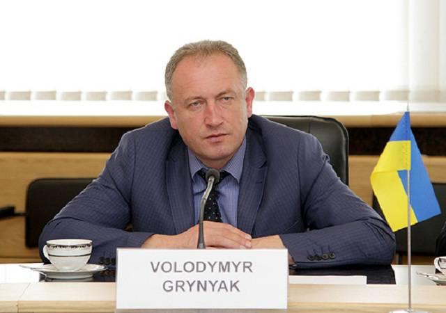 Суд оставил на должности начальника ХНУВС генерал-майора Алимпиева, арестованного за растрату