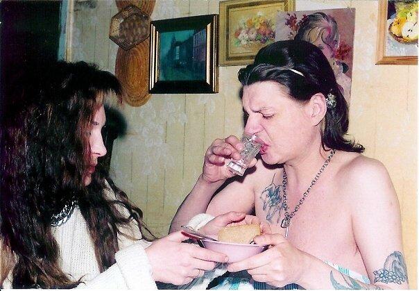 Пьянство на фотографиях в русском роке.