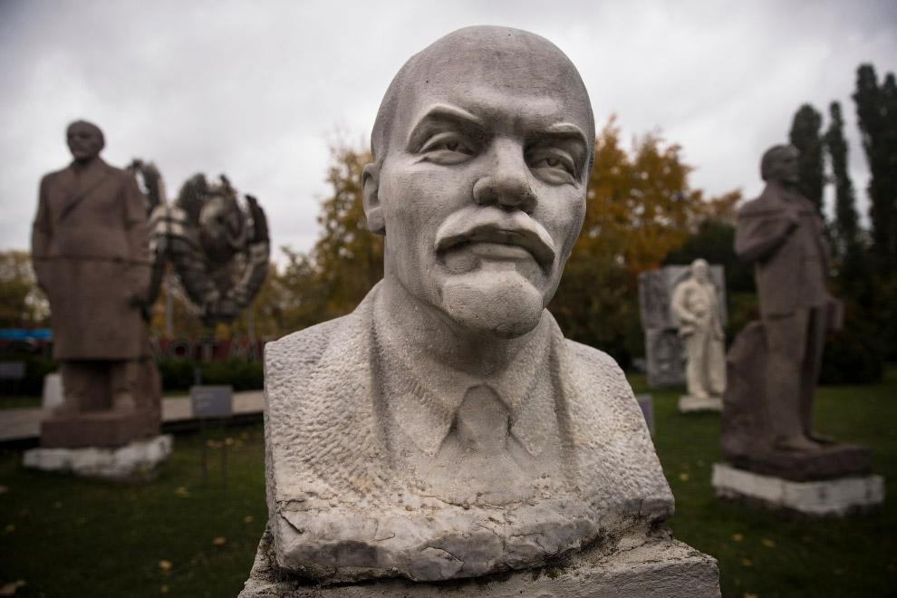 29. В музее под Санкт-Петербургом, Россия. (Фото Dmitri Lovetsky):