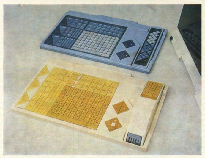 9. Помимо миниатюрного было предусмотрено создание полноразмерного пульта, больше похожего на компью