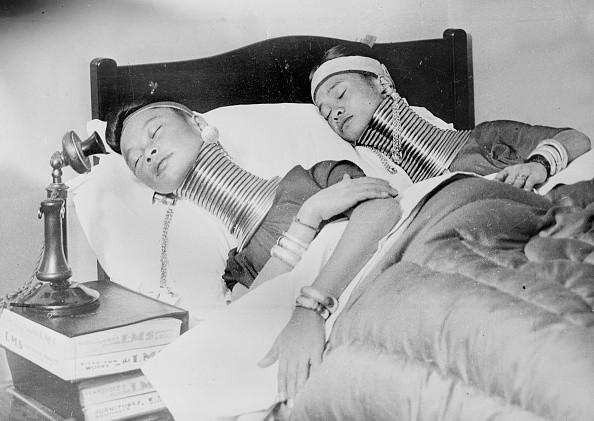 Когда цирк посетил детскую больницу (около 1930 г.), клоун Чарли Смит точно не заставил кого