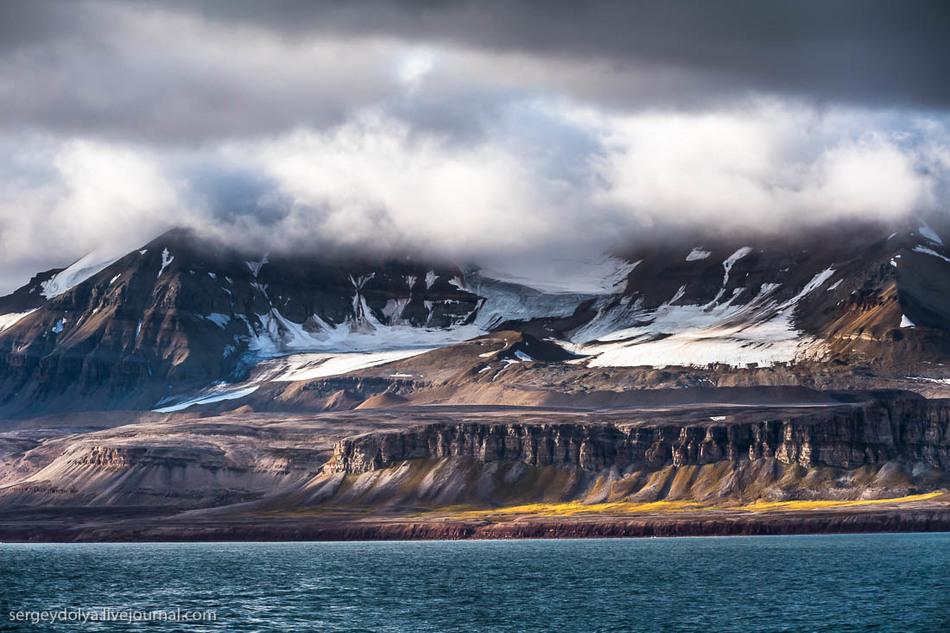 Здесь 120 дней длится полярная ночь и 127 дней — полярный день.