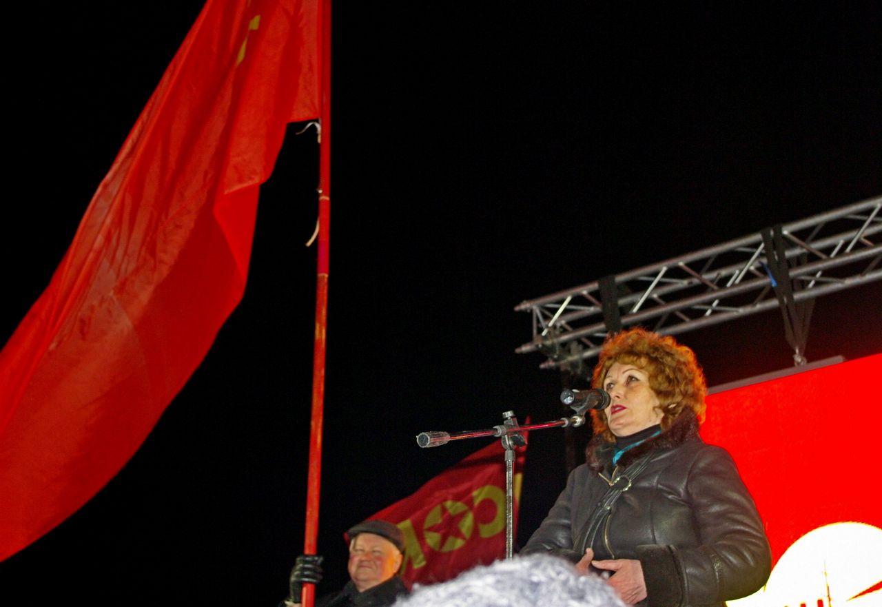Н.С. Лисицына на митинге в честь 100-летия Октября