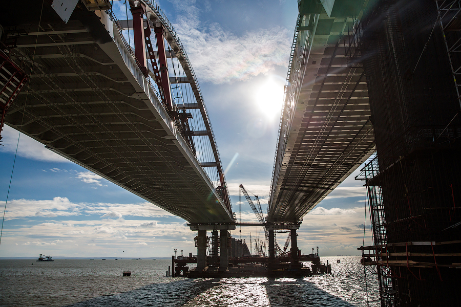 Стройка Крымского моста