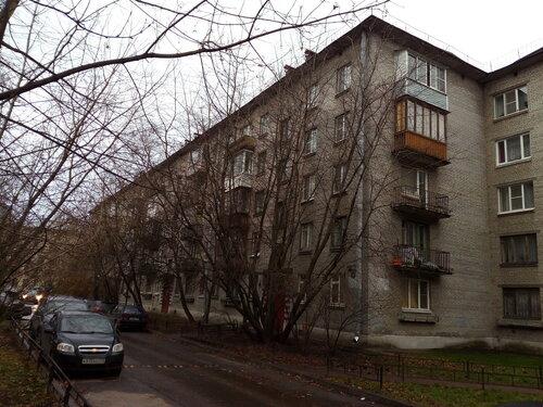ул. Пилотов 17