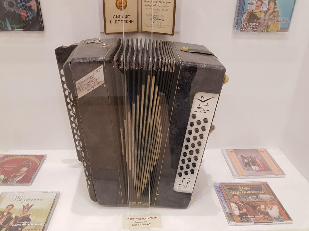 Самый популярный музыкальный инструмент на дискотеках Саратова прошлого столетия 20171102_104936.jpg