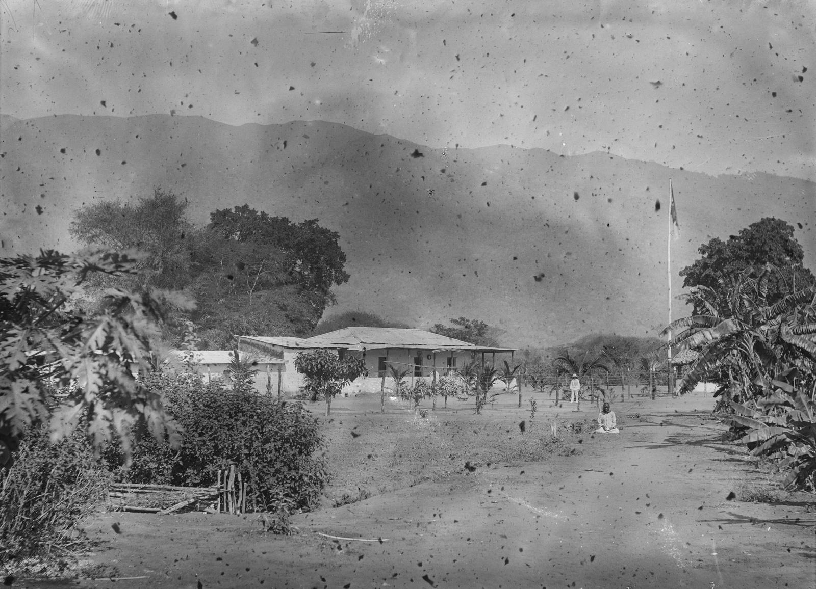 60. Станция Кусани немецкого общества Восточной Африки (ДОАГ) у подножия гор Паре