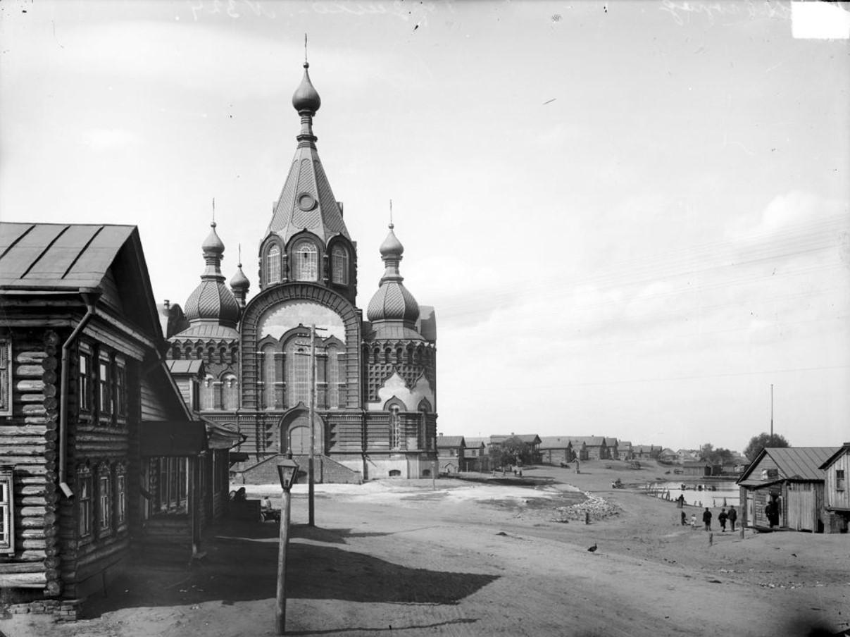 Гордеевка. Общий вид Владимирской церкви