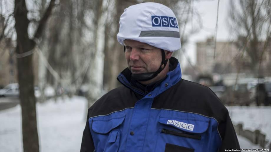 СММ ОБСЕ: Гуґ обсудил с Плотницьким вопрос препятствования деятельности наблюдателей на Луганщине