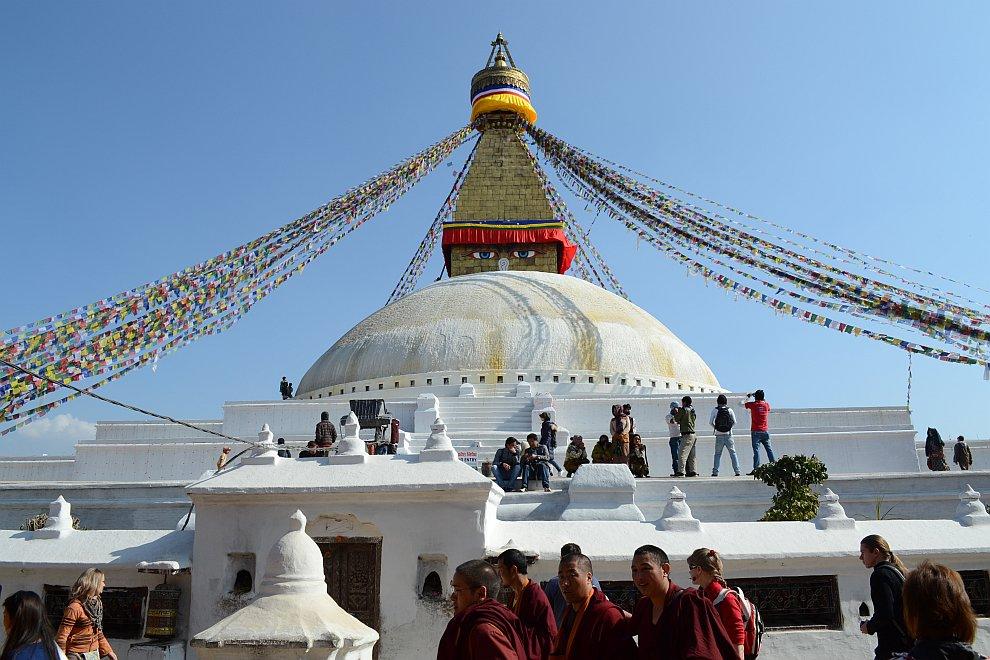 Закат в Катманду: