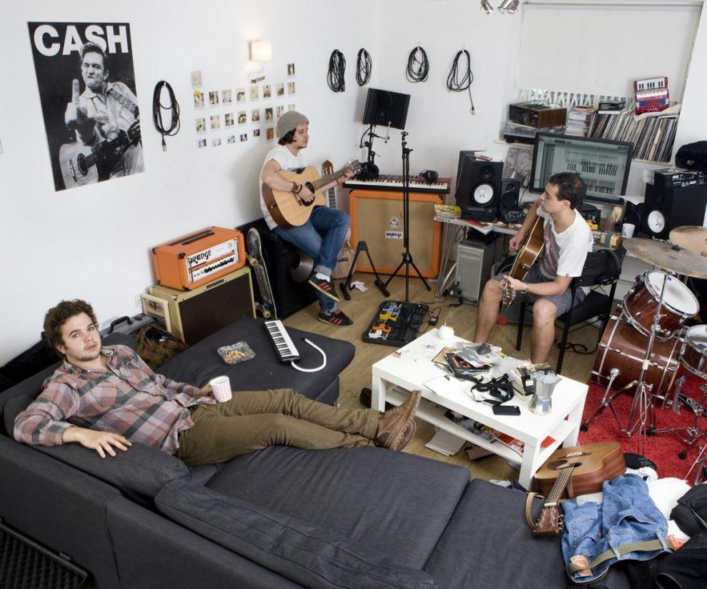 18. Группа «Алекс Великий», Лондон, Великобритания   «Этот парень на плакате — Джонни Кэш, — ск